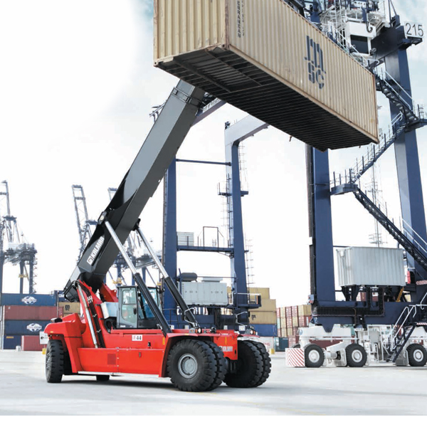 Vue extérieur Chariot Porte-Conteneurs Diesel – Capacité de 45 Tonnes